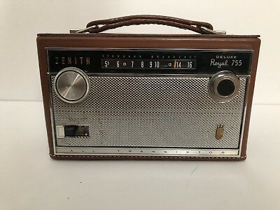 Vintage Zenith Deluxe Royal 755 All Transistor AM Radio Genuine Cowhide Lunchbox