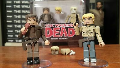 THE WALKING DEAD Minimates Series 7 - Hunter Chris and Zombie Holly