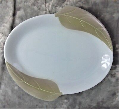 """Vintage Collectible Willard George 14"""" Oval Platter With 2 Leaves"""