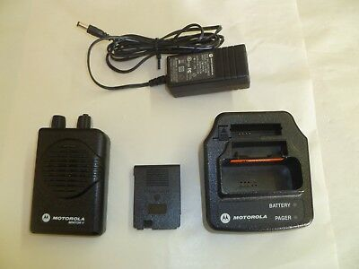 Motorola Minitor V Stored Voice 151-158.9 MHz VHF Fire EMS Pager w Charger Batt