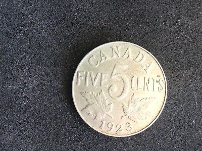 1923 KGV Canadian 5 Cent Coin - Nice Collectable Coin - VG - Silver