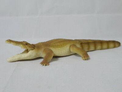 Crocodile Figure HAPPINET Animal Soft Vinyl Doll Series 15 Reptiles Saltwater