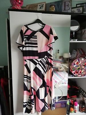 Lovely New Wallis Dress size 16 with tags