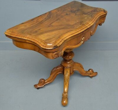 Stunning Victorian Highly Figured Walnut Card Table