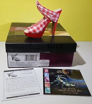 """Raine Just The Right Shoe Jtrs """"picnic, Red & White"""""""