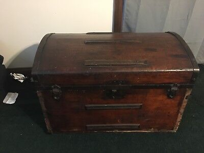 ANTIQUE STEAMER DOME TRUNK VICTORIAN CHEST  Stagecoach CHEST  19TH C 1800