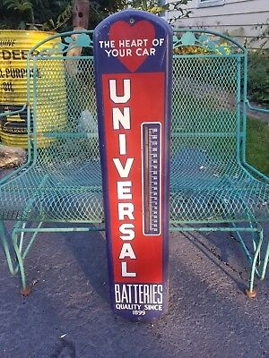 Universal Batteries Heart Of Car Thermometer Sign Oil Gas Vintage 1950s Old Rare
