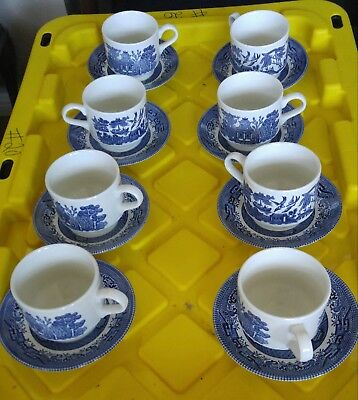 Blue willow 8 teacups and saucers churchill england