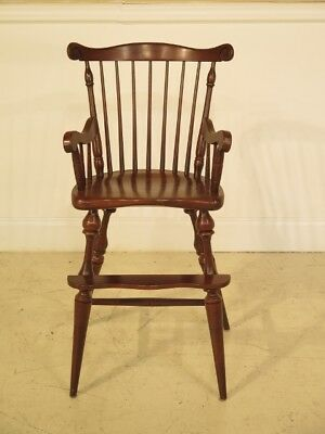 F25516EC: FREDERICK DUCKLOE Child s Size Windsor Cherry Arm Chair
