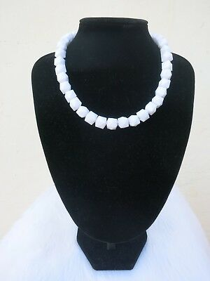 Lil Deco Doll Necklace 20s 30s 50s Rockabilly PinUp Beads Triangle Square White