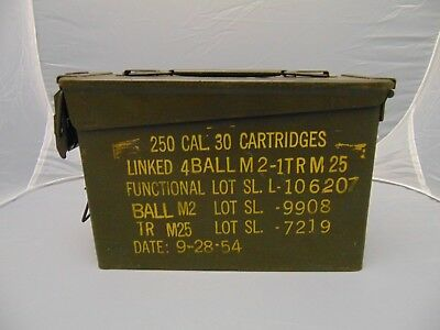 """1954 US Army 250 Cal 30 cartridges green metal box with handle 10"""" x 3"""" x 7"""""""