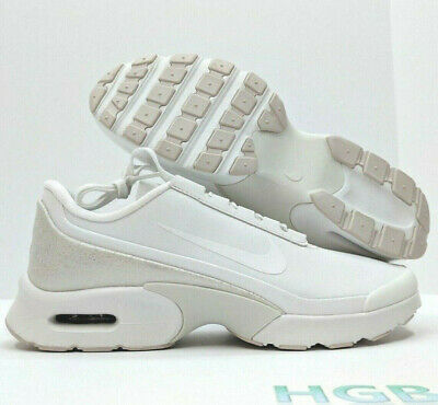 NIKE AIR MAX Jewell Leather Womens White Sneaker Running