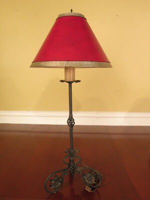 F38689: Wrought Iron Tall Table Lamp w. Red Decorated Shade