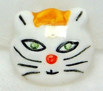 ANTIQUE VINTAGE Hand Painted CERAMIC PORCELAIN KITTY Cat FACE Button 11/16 A38