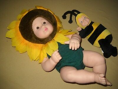 "ANNE GEDDES 15"" Vinyl Baby Doll in Sunflower outfit / Brown eyes + 8"" Bumble Bee"