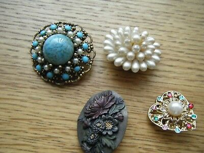 Job Lot Collection Of Vintage Brooches Various