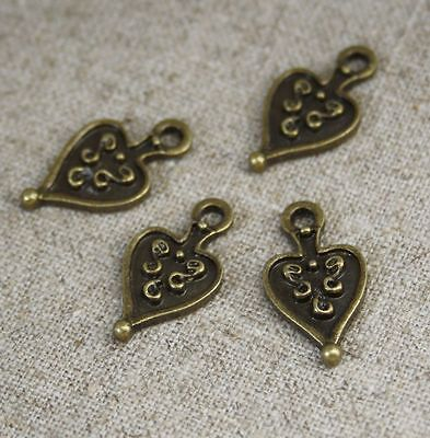 pack of 20 Antique bronze charm ancient heart mini heart charms