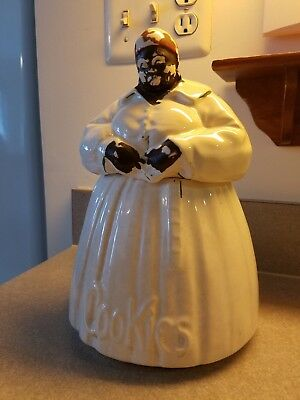 Vintage MCCOY Aunt Jemima 1930 Cookie jar Authentic.selling my collection