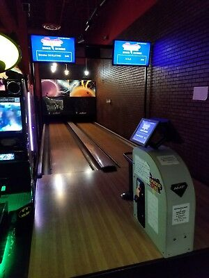 AMF Qubica Thunderbowl Mini Bowling Alley Double Lane Bill Operated With Extras
