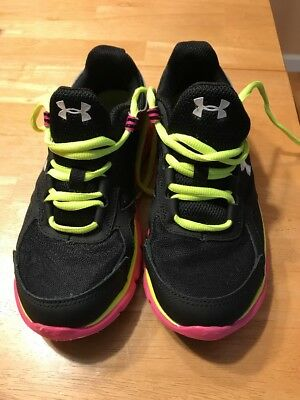 Under Armour Tennis Shoes Youth Size 4.5 Used