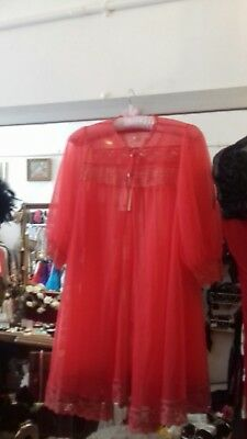 Vintage 1960's Mid Length Red Negligee Approx 14