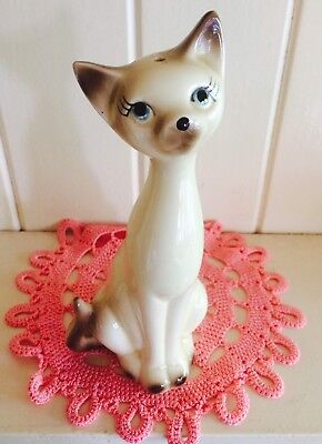 Vintage retro Japan Siamese cat salt shaker