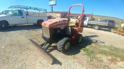 2011 Ditch Witch RT45 Side Shift Riding Trencher Push Blade 1027Hrs Used
