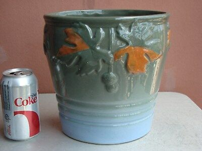 """Owens Lotus 9"""" by 8.5"""" Gray to Light Blue Sycamore Buds Planter"""