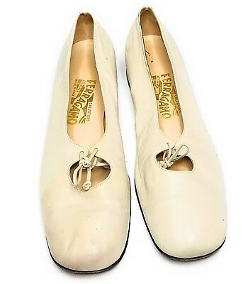 ecff1cfadb3 Salvatore Ferragamo Women s Vintage Leather Shoes Sz 10 B Off-White   Cream