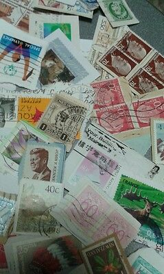 500g World Kiloware mixture.  Older - Recent stamps. MyRef:BIN
