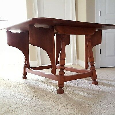 CUSHMAN COLONIAL Butterfly Drop Leaf Solid Maple Table. Rare Unique Great Color!