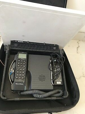 Thrane & Thrane 403038A, 403620D Capsat Satellite Phone In soft Carry Case