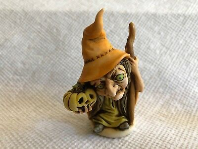 Neil Eyre Designs Halloween Wicked witch yellow pumpkin 2018 color release LE15