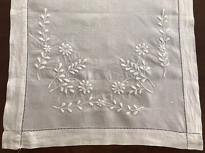 BEAUTIFUL VINTAGE TABLE RUNNER WITH EMBOSSING. 50 X  17 3/4 In.