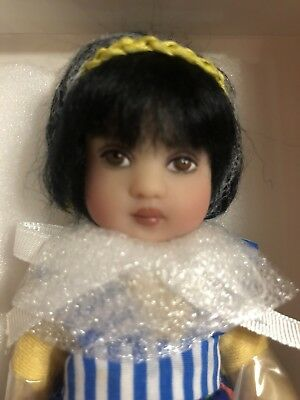 Tiny Tooloo Debut By Helen Kish- Brunette Doll- Adorable - NRFB
