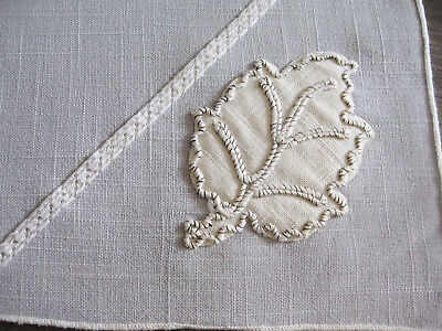 Vintage 1940s Placemats & Napkins, Gray & White Linen Weave with Leaf Motif