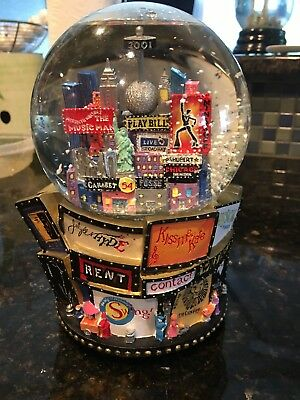 Music Snow Globe Broadway New York 2001 Holiday Playbill Pristine Works Perfect