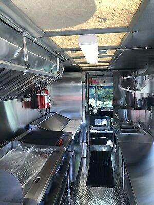 Custom New Food Truck Commercial Kitchen (free Delivery) USA 5712513860