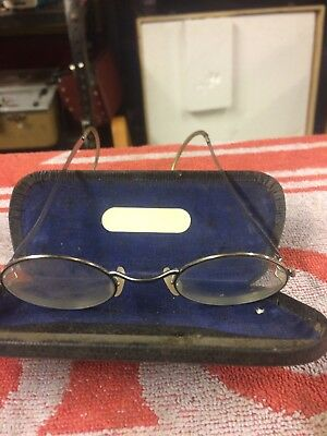 Vintage Cased Pair Of Spectacles Glasses & Case