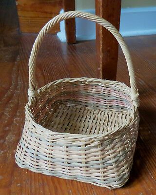 AMERICAN INDIAN SQUARE TAPERED BASKET - Northeast US - NATIVE AMERICAN