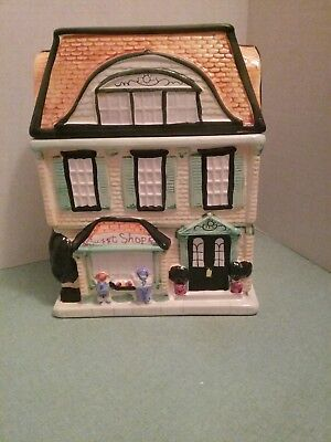 Sweet Shope Cottage Cookie Candy Jar 1999