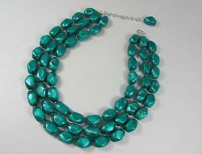 Chunky emerald green necklace,multi strand statement green necklace, beaded neck