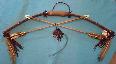 "Navajo Bow & Arrow set w/2 Large arrows hand carved arrowheads 39"" Long Leather!"