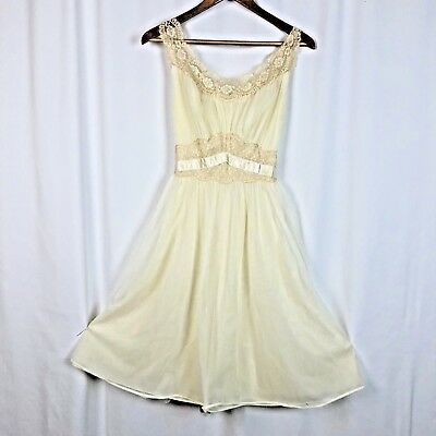 Vintage 60s Double Layer Nylon Lace Short Babydoll Hollywood Gown Lingerie
