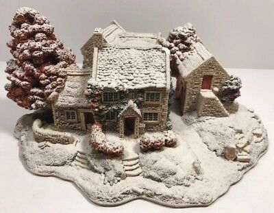 Lilliput Lane First Snow Bluebell Cottage House 1997 Limited Edition 470/3500
