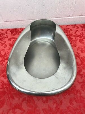 VOLLRATH Stainless Steel Bed Pan Good Condition