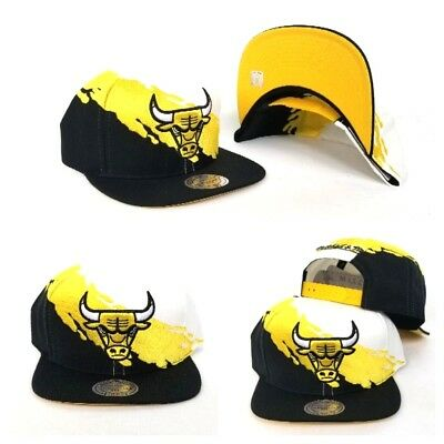 Mitchell & Ness NBA Black Yellow Paint splash Chicago Bulls snapback Hat Cap