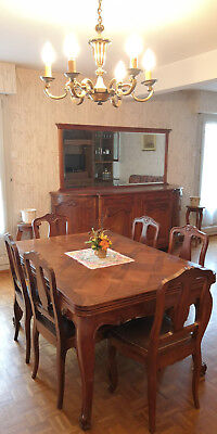 Salle A Manger Style Regence Buffet Table Six Chaises Et Table