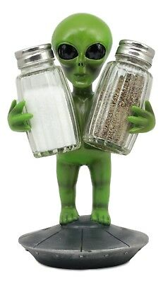 UFO Green Alien On Flying Saucer Salt And Pepper Shakers Set w/ Shakers Included