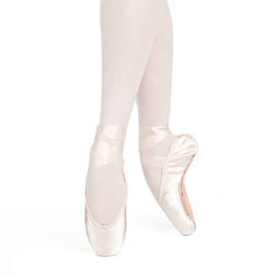 NIB! Russian Pointe Grand Polette Collection Pointe Shoes